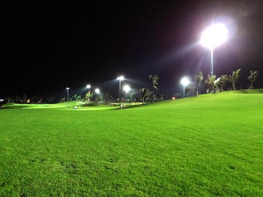 đèn chiêu sáng sân golf 1500w 1